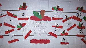 Make an Apples Bulletin Board that features apples and other healthy foods - Good Foods for Good Thinking!